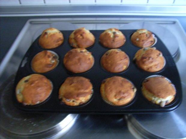 smartie muffins rezept mit bild. Black Bedroom Furniture Sets. Home Design Ideas