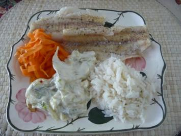 Rezept: Fisch : Gedünsteter Alaska-Seelachs an Fenchel-Meerrettich mit Reis und Möhrensalat