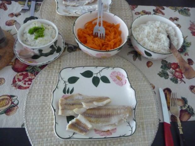 Fisch : Gedünsteter Alaska-Seelachs an Fenchel-Meerrettich mit Reis und Möhrensalat - Rezept - Bild Nr. 12