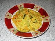 Gemüsespaghetti in Safran-Sauce - Rezept