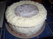 Fruchtige Himbeer-Sahne-Torte - Rezept