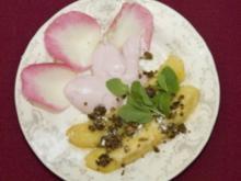 Karamellbananen mit Himbeerschaum und Haselnusskrokant (Kader Loth) - Rezept