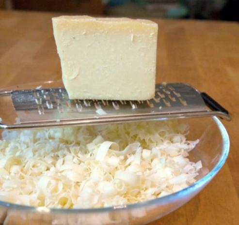 Zucchinischeiben in Käsepanade mit Minz-Dip - Rezept - Bild Nr. 5