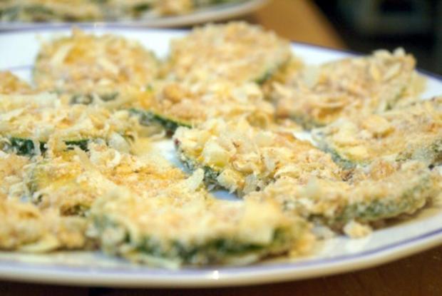 Zucchinischeiben in Käsepanade mit Minz-Dip - Rezept - Bild Nr. 14