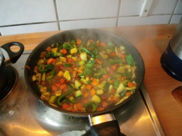 Gemüsereis mit Geschnetzeltem vom Minutensteak - Rezept - Bild Nr. 11