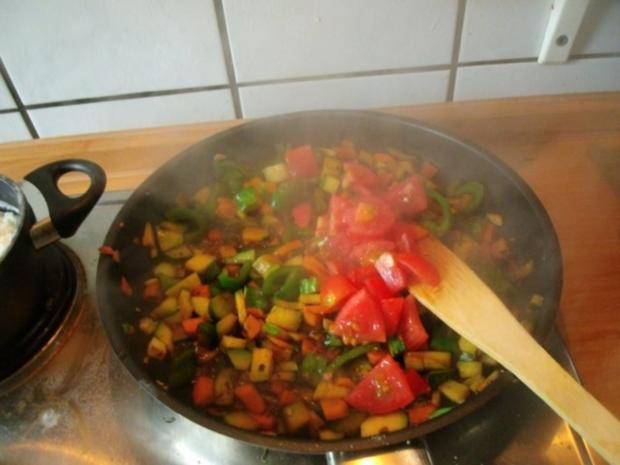 Gemüsereis mit Geschnetzeltem vom Minutensteak - Rezept - Bild Nr. 12