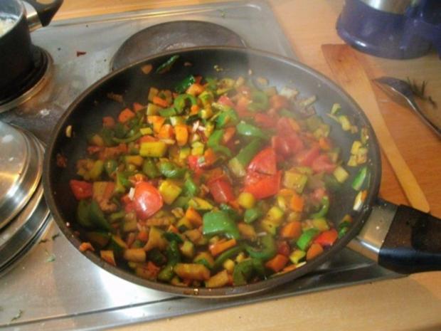 Gemüsereis mit Geschnetzeltem vom Minutensteak - Rezept - Bild Nr. 13