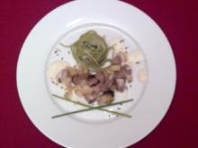 Lammragout mit Fenchel, Oliven und Lavendel auf grünen Bandnudeln - Rezept