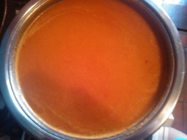 Tomatensuppe de la Casa mit frischen Croûtons - Rezept - Bild Nr. 6