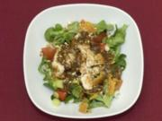 Seeteufelfilets auf Feldsalat mit braunem Ziegenkäse und Cashewkernen (Sebastian Deyle) - Rezept