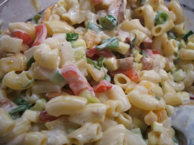 Salate: Nudelsalat, die 583igste Variante - Rezept