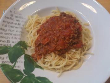 Pasta Bolognese mit Rotwein - Rezept