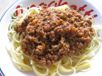 Spaghetti con sugo di carne e caffè - Rezept