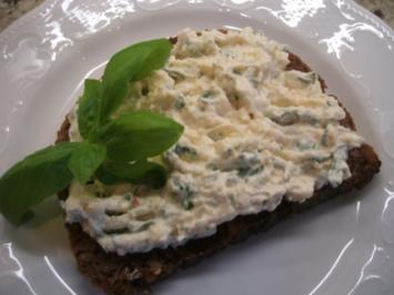Frischkäse: Schafskäse und Parmesan - Rezept