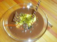 Pudding mit Marzipan und Nougat Soße - Rezept