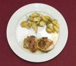 Zitronen-Hähnchen mit Thymian an Rosmarinkartöffelchen (Sebastian Deyle) - Rezept