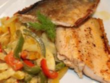 Gebratenes Bachsaiblingsfilet auf Fenchel - Paprika - Gemüse - Rezept