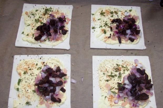 Snack/Vorspeise: Herzhaft-süße Blätterteigtaschen mit Pflaumen-Schinken-Füllung - Rezept - Bild Nr. 8
