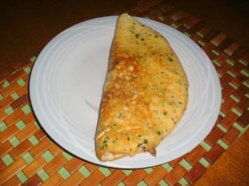 Gefülltes Eier-Schaum Omelett - Rezept