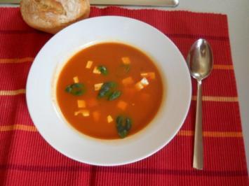 Rezept: Tomatensuppe mit Sellerie