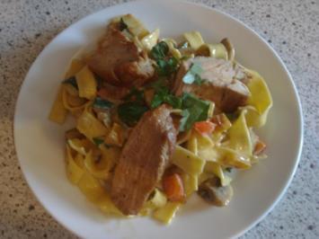 Schmorgemüse an Papardelle und Schweinefilet - Rezept
