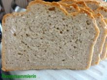 Brot:   DINKEL - MISCHBROT mit Haferflocken - Rezept