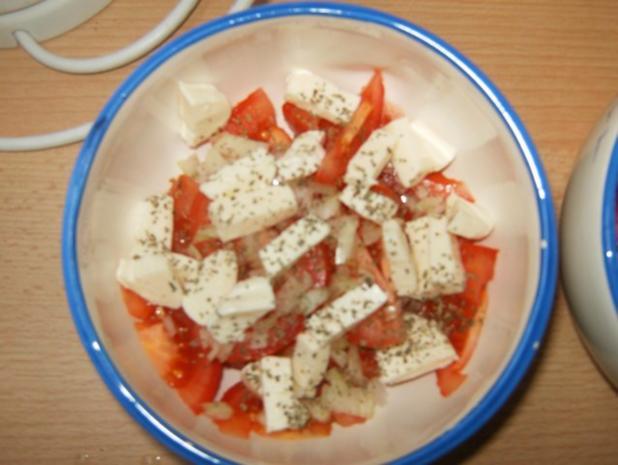 Tomaten-Mozarella-Salat mit Balsamico-Vinaigrette - Rezept - Bild Nr. 4