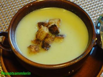 Suppe:    LAUCHCREMSÜPPCHEN mit Croûtons - Rezept