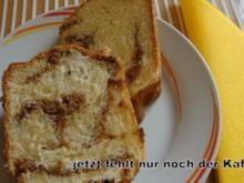 Gugelhupf mit Nuß-Mandel-Nougatfüllung - Rezept