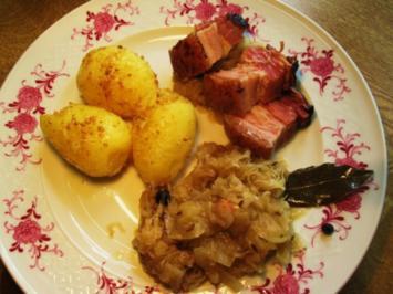 Wacholderbauch auf Sauerkraut - Rezept