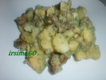 Kartoffelsalat mit Pfifferlingen und Avocado - Rezept