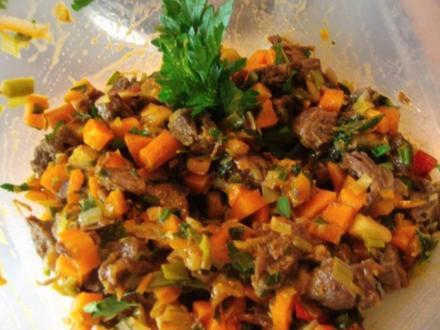 Rindfleischsalat aus der Beinscheibe - Rezept