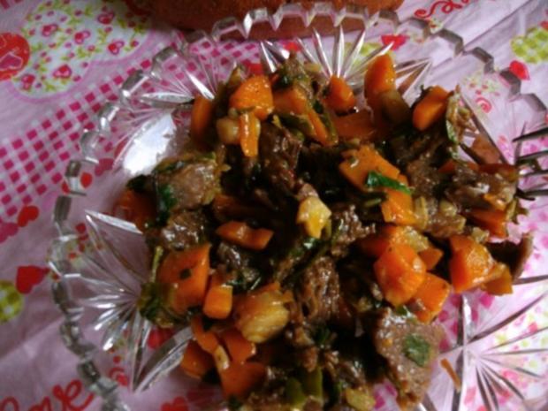 Rindfleischsalat aus der Beinscheibe - Rezept - Bild Nr. 2