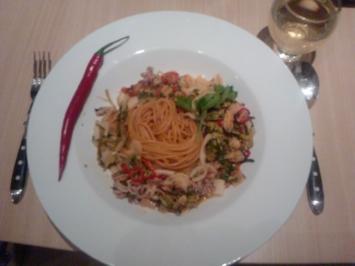 Spaghetti Frutti de Mare im Ring of Fire - Rezept