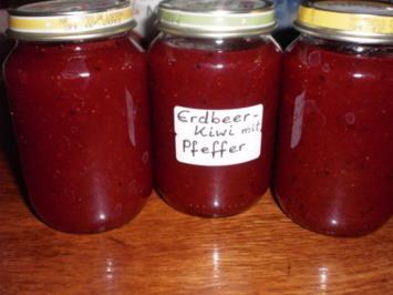 Erdbeer-Kiwi-Marmelade mit grünem Pfeffer - Rezept