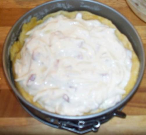 Speck-Zwiebel-Käsekuchen - Einzelportion - Rezept - Bild Nr. 7