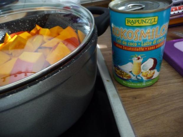 Suppen & Eintöpfe :  Kürbissuppe mit Kokosmilch - Rezept - Bild Nr. 4