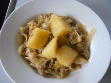 Geschmorter Weißkohl mit Hack - Rezept