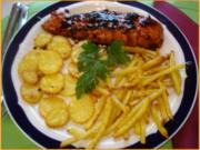 Lachsfilet mit Kartoffelstiften-Kartoffelblüten und Mungosprossensalat - Rezept