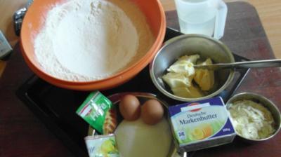 Rezept: Mein URLAUBS-BUTTERKUCHEN nach einem alten Otterndorfer Rezept
