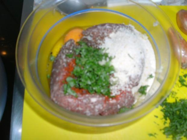Fleischbällchen mit Zwiebeln und Pfefferschoten - Rezept - Bild Nr. 3