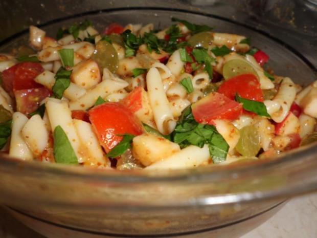 "Salat: Nudelsalat ""Winzer Art"" - Rezept"