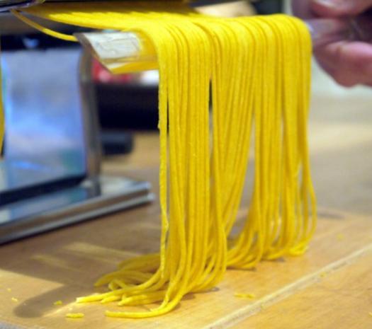 Spaghetti mit Tomaten-Pfirsich-Sauce - Rezept - Bild Nr. 11