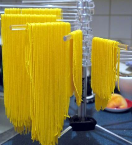 Spaghetti mit Tomaten-Pfirsich-Sauce - Rezept - Bild Nr. 12