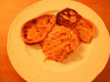 Rezept: Kartoffel - Krapfen  mit Kürbiskraut
