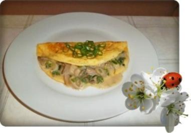 Omelett mit Austernpilze in Sahnesauce - Rezept