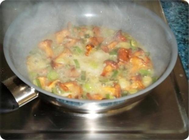 Gefülltes Omelett mit Pfifferlingen - Rezept - Bild Nr. 6