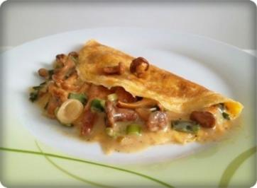 Rezept: Gefülltes Omelett mit Pfifferlingen