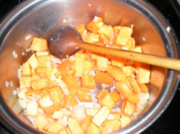 Meine Kürbis-Karotten-Ingwer Suppe - Rezept - Bild Nr. 3