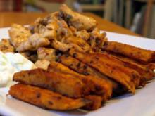Pommes Frites von der Süßkartoffel, Hähnchengeschnetzeltes und Tzatziki - Rezept